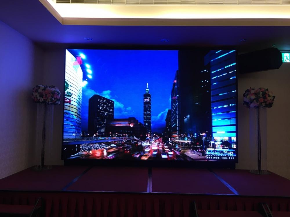 濃閣餐飲集團-P3室內LED電視牆