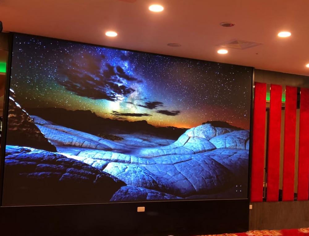 大和屋崇德店-P3室內LED電視牆