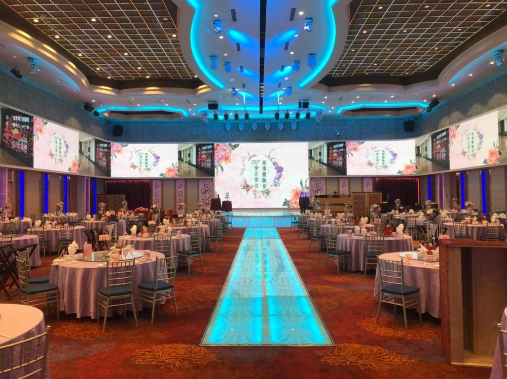 岡山享溫馨婚宴會館-P4室內環繞LED電視牆-1